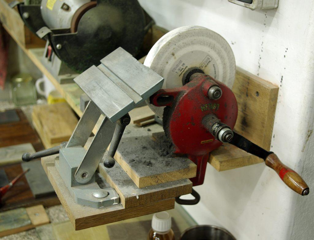 Hand Grinding Wheel